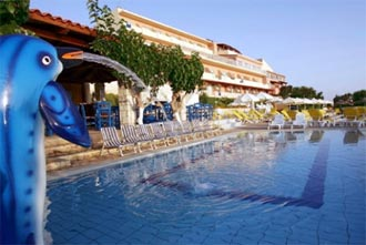 Blue Bay Hotel in Agia Pelagia